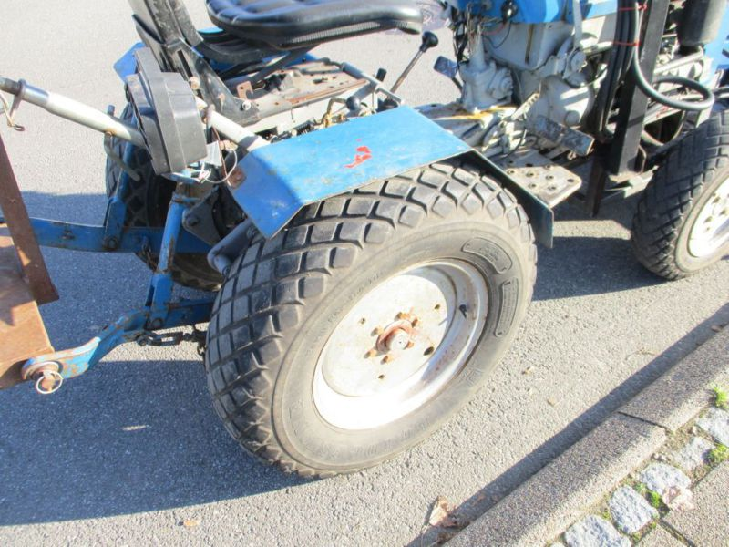 Iseki TX 1510 4 WD med front rotorklipper / Tractor with mower - 13