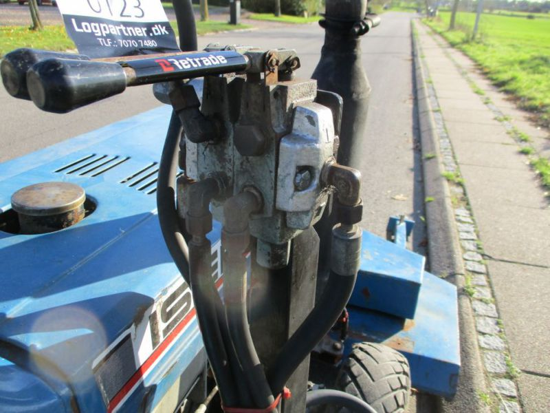 Iseki TX 1510 4 WD med front rotorklipper / Tractor with mower - 18