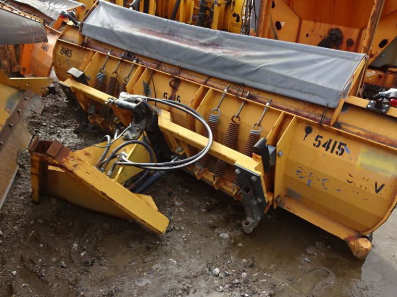 Epoke traktor sneplov. / snow plow for tractor - 0