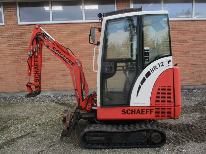 SCHAEFF HR-12 Minigraver med 3 skovle / Mini digger with 3 buckets - 0