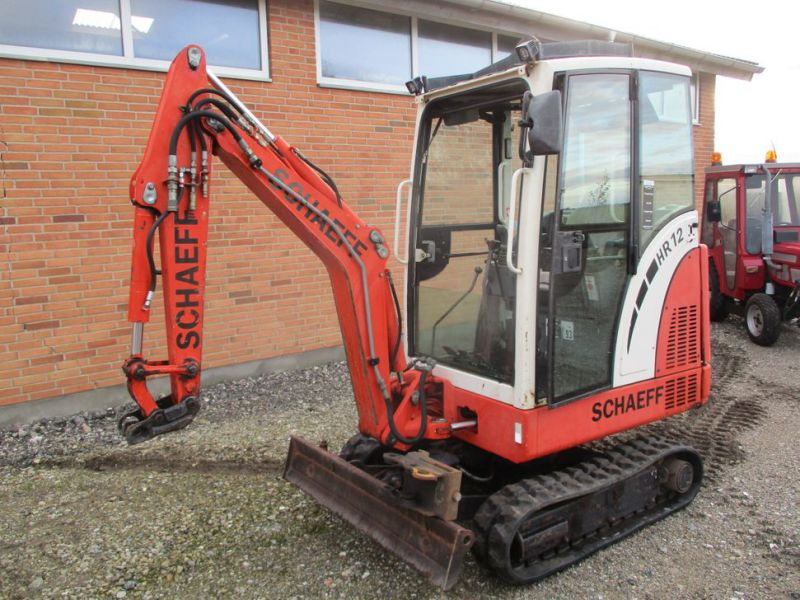 SCHAEFF HR-12 Minigraver med 3 skovle / Mini digger with 3 buckets - 1