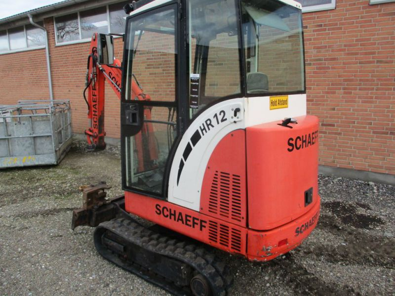 SCHAEFF HR-12 Minigraver med 3 skovle / Mini digger with 3 buckets - 2