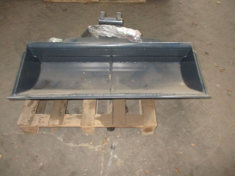 Ny tiltskovl med Beco beslag / New bucket with Beco bracket - 1