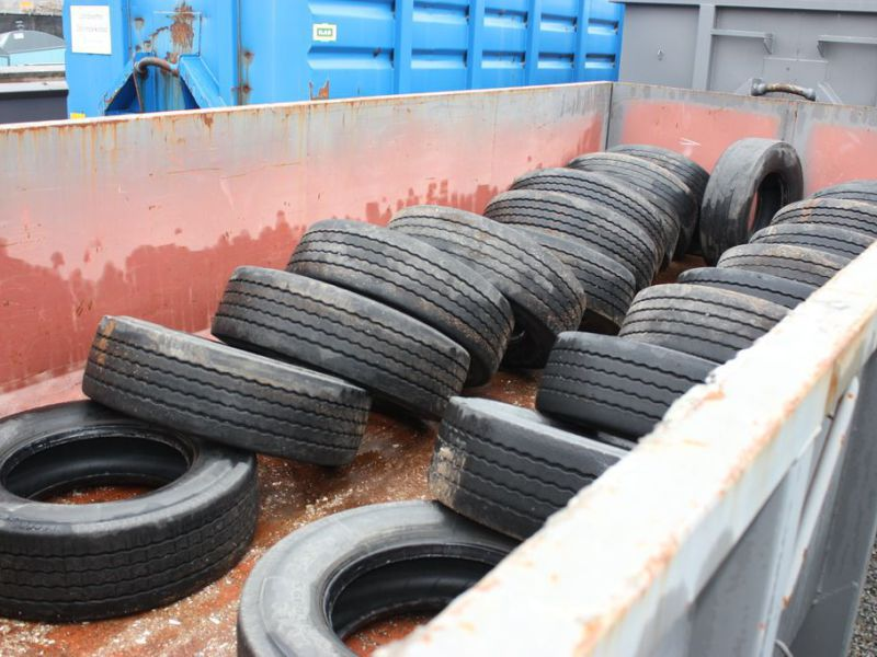 22 st Beg Däck 265/70-19,5 / Used tires - 0