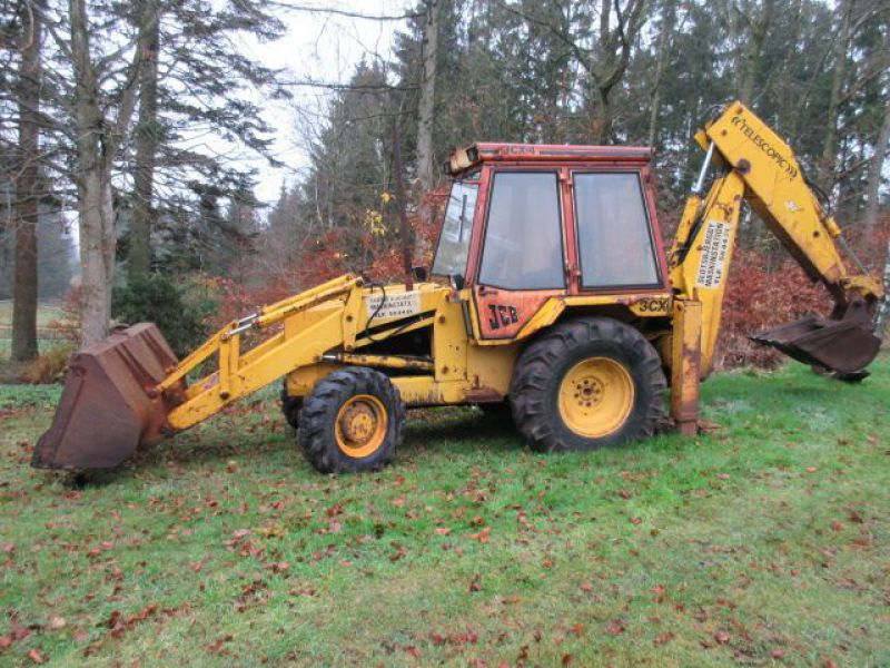 Rendegraver JCB 3 CX med 2 skovle / Backhoe with 2 buckets - 1