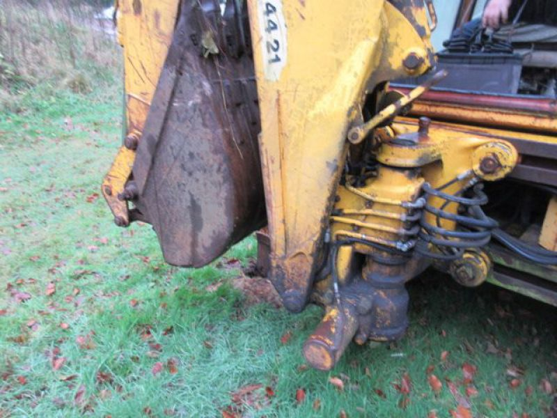 Rendegraver JCB 3 CX med 2 skovle / Backhoe with 2 buckets - 24