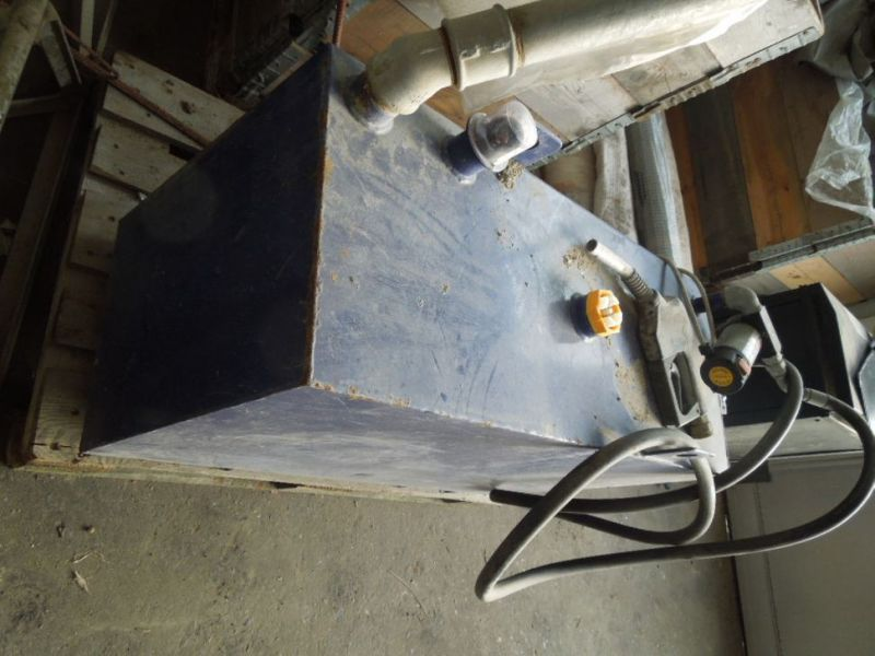 Tank 200 liter med pumpe / Tank with pump - 2