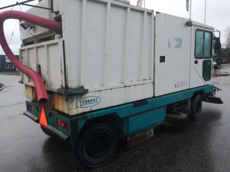 Tennant Mobil fejemaskine / Road sweeper - 7