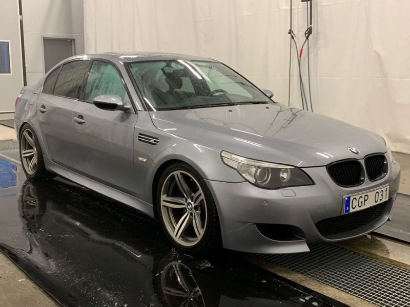 BMW M5 E60 V10 VERY GOOD CONDITION - 0