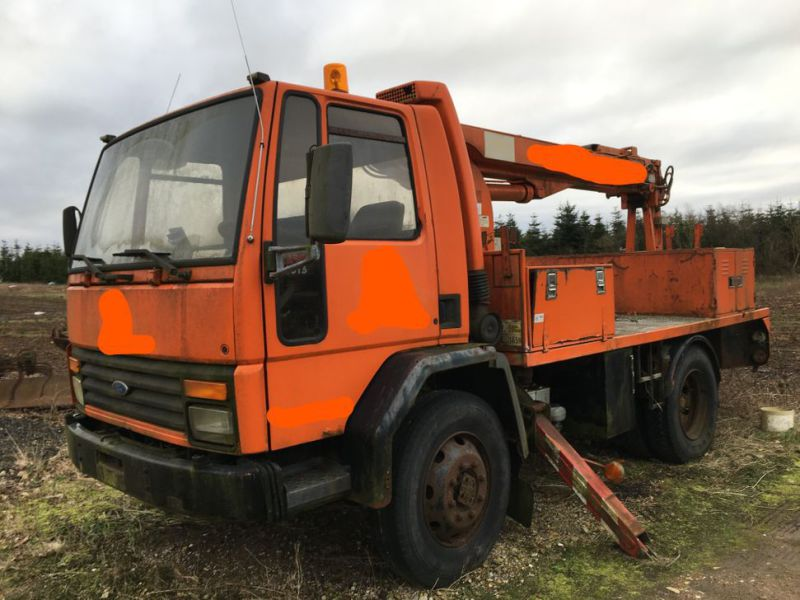 Ford Cargo Lastbil med lift / Ford Cargo truck with lift - 15