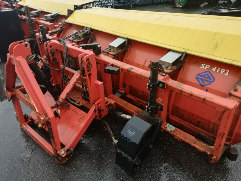 4 X Epoke SPS300 scrapers fitted with truck brackets - 18