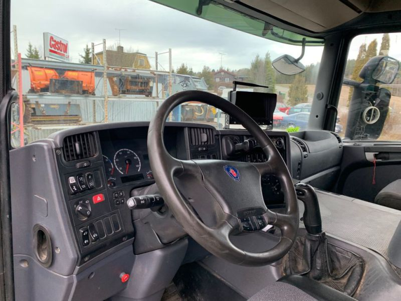 Scania R340 6X2 Tipper - 22