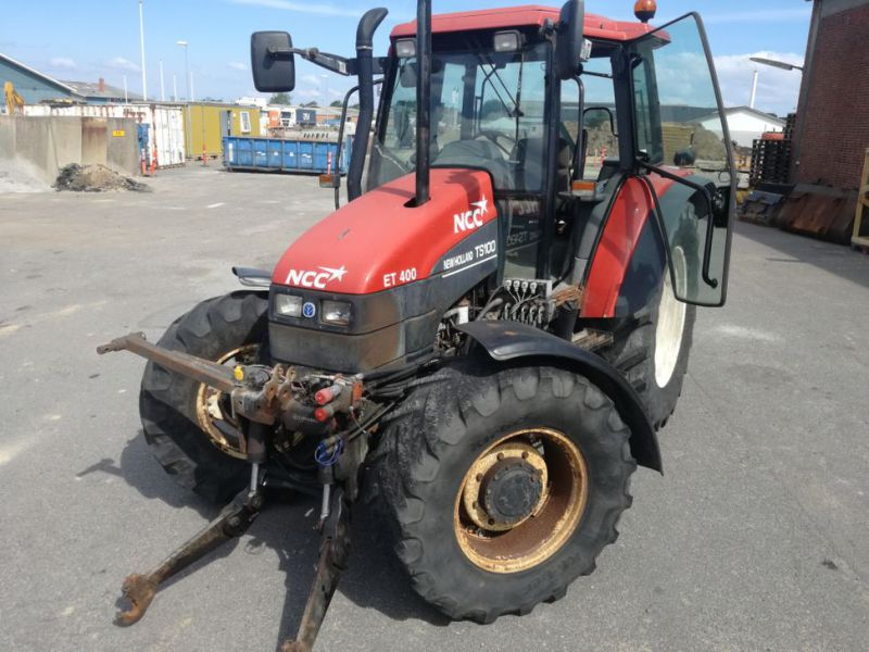 NEW HOLLAND TS 100 4 WD Traktor / Tractor - 1