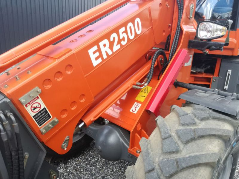 EVERUN ER2500 wheel loader with telescopic arm / Hjullæsser - 13