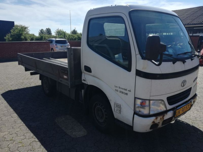 Toyota Dyna 2,5 L med Lad / Truck - 2