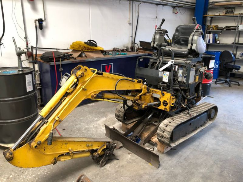 New Holland E9SR Minigraver / Mini Excavator - 3