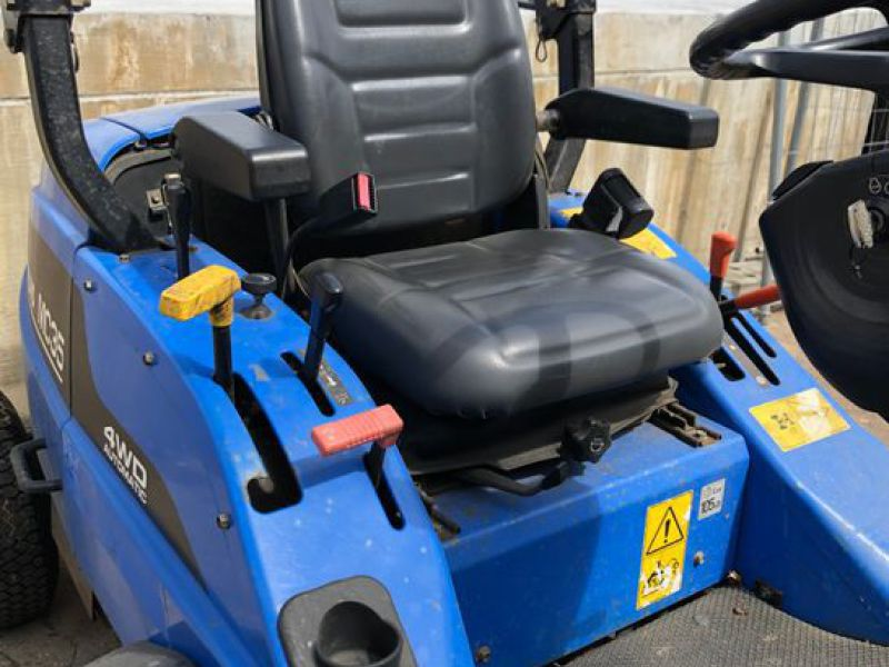 New Holland mc35 4WD Automatic redskabsbærer / Tool Carrier - 15