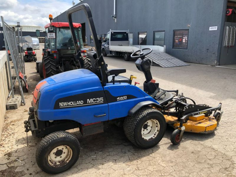 New Holland mc35 4WD Automatic redskabsbærer / Tool Carrier - 16