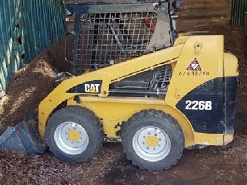 2004 BOBCAT CAT226B TURBO - 0
