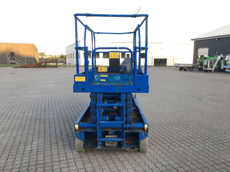 UpRight X32 sakselift / Scissor lift - 1