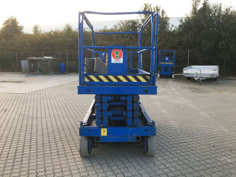 UpRight X32 sakselift / Scissor lift - 5