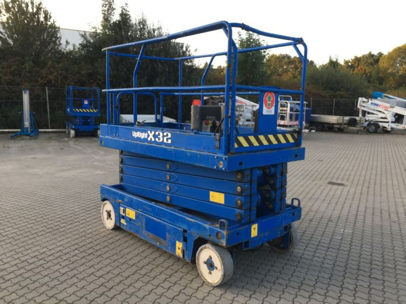 UpRight X32 sakselift / Scissor lift - 6