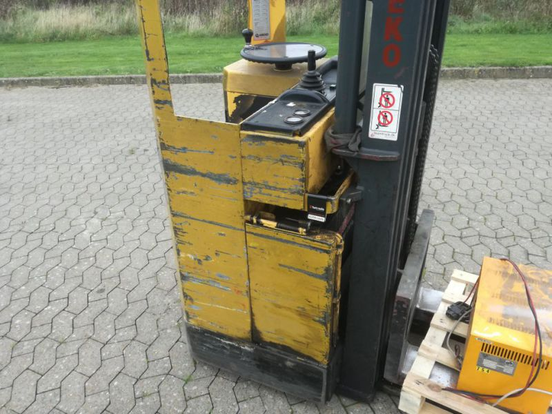 Abeko 13 SKY TTFY El stabler / electric stacker - 6