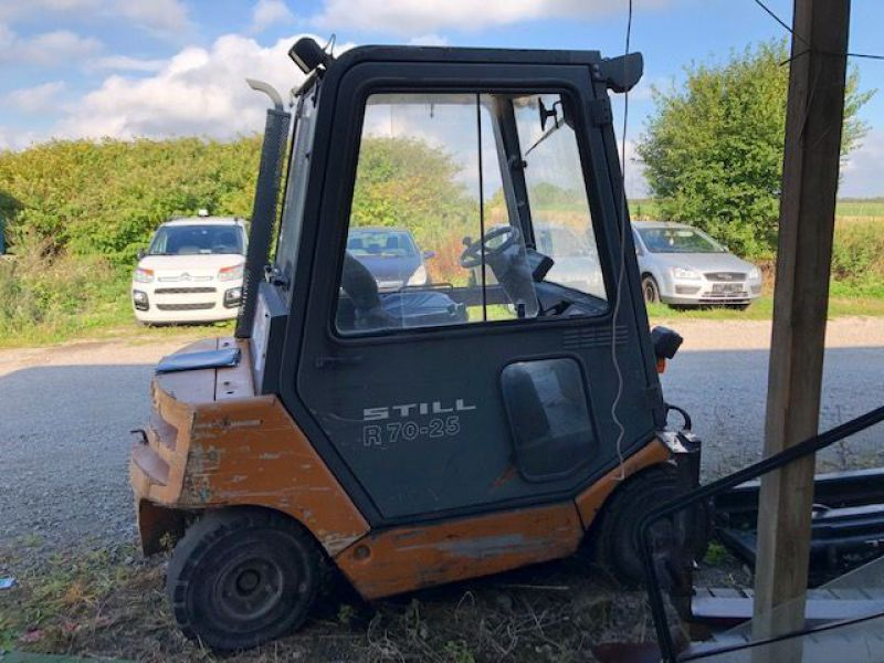 Still 2,5 tons Diesel truck / Fork lift - 6