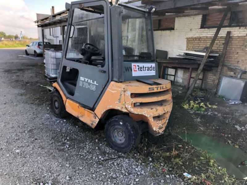 Still 2,5 tons Diesel truck / Fork lift - 9