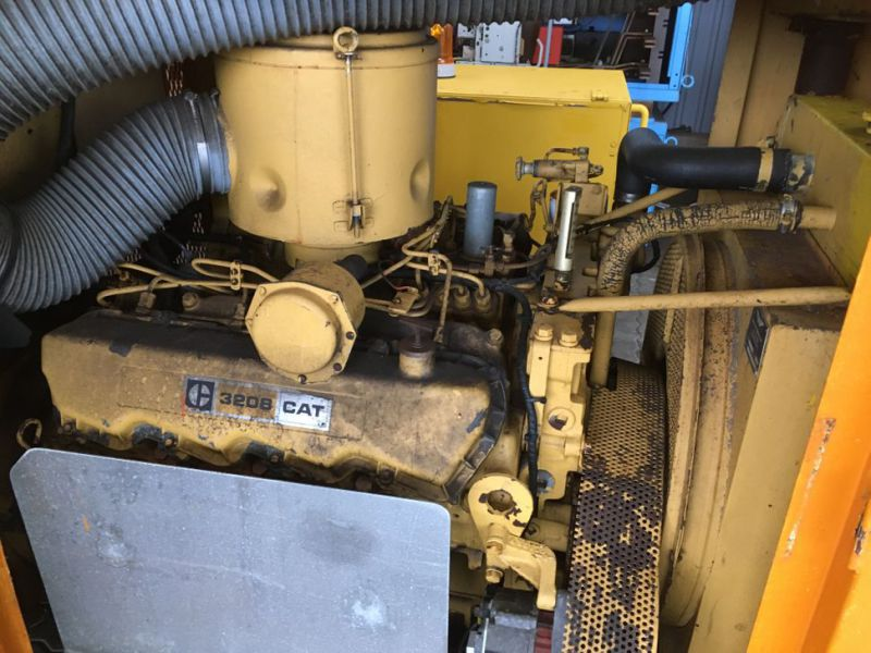 Caterpillar 3208 Prime power 80 KVA generator - 6