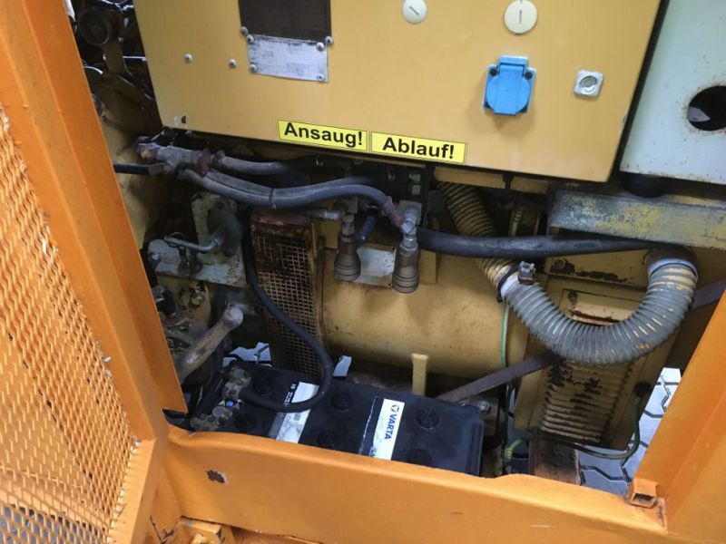 Caterpillar 3208 Prime power 80 KVA generator - 14