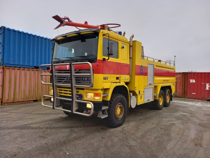 Volvo FH12 6x6 med Vandpumpe / with Water Pump - 0