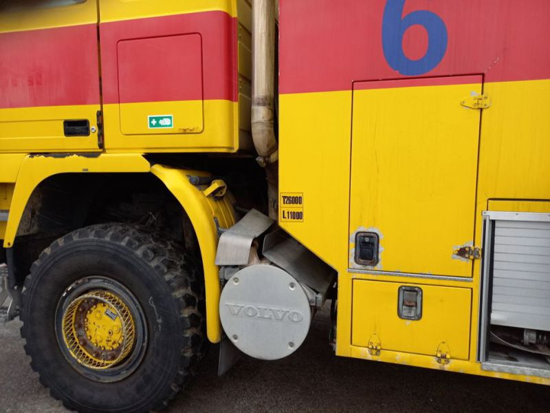 Volvo FH12 6x6 med Vandpumpe / with Water Pump - 74