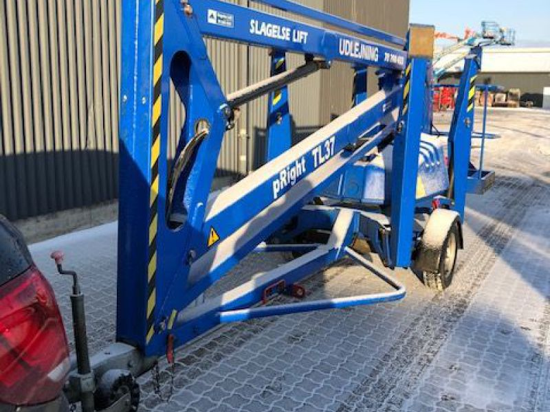 Upright TL37 trailerlift / Trailed boomlift - 3