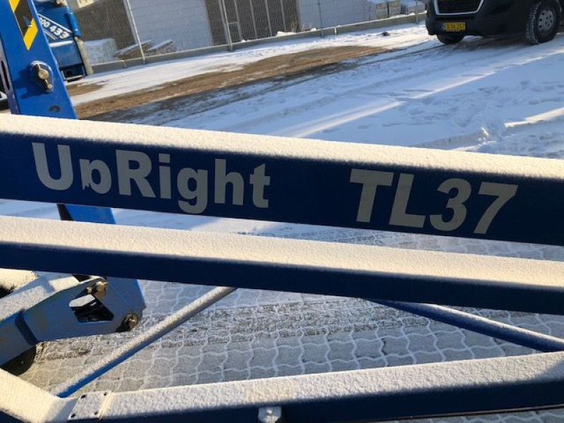 Upright TL37 trailerlift / Trailed boomlift - 13