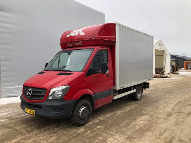 Mercedes Sprinter 516 Bluetec Van - 0