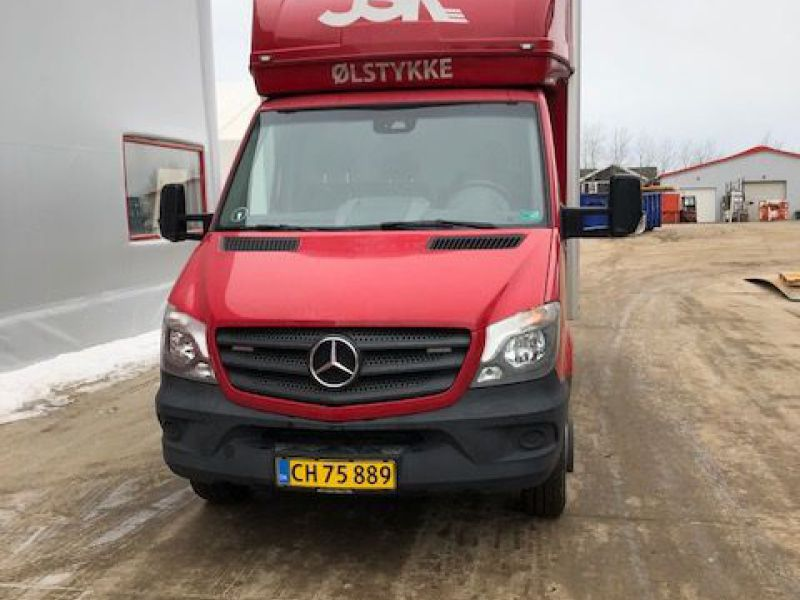 Mercedes Sprinter 516 Bluetec Van - 1