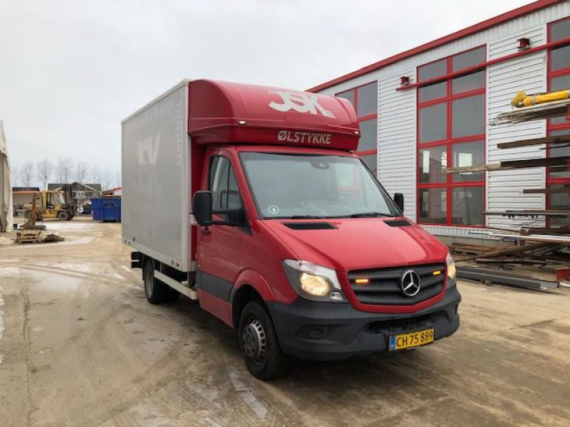 Mercedes Sprinter 516 Bluetec Van - 3