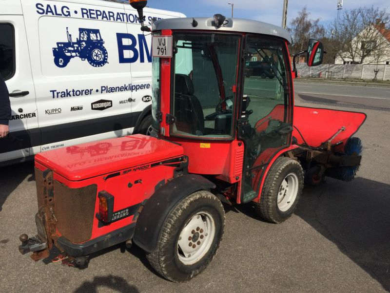 ANTONIO CARRARO SP 4400 Redskabsbærer med fejekost / Tool Carrier with sweeper - 4