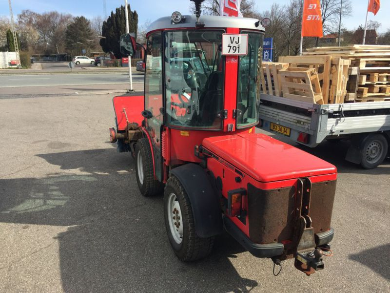 ANTONIO CARRARO SP 4400 Redskabsbærer med fejekost / Tool Carrier with sweeper - 6