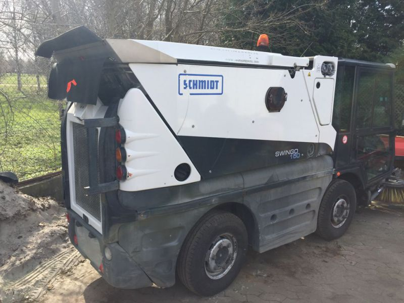 SCHMIDT Swingo 150 Feje-sugevogn / Sweeper suction truck - 6
