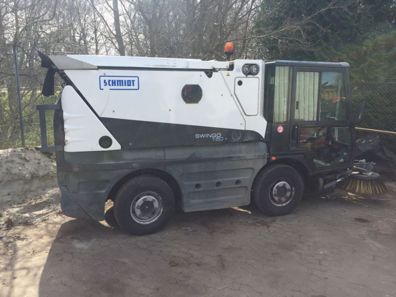 SCHMIDT Swingo 150 Feje-sugevogn / Sweeper suction truck - 23