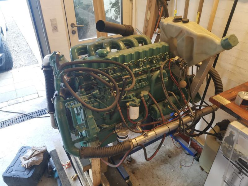 Volvo Penta 6 cylinder TD40A  incl. outdrive - 1