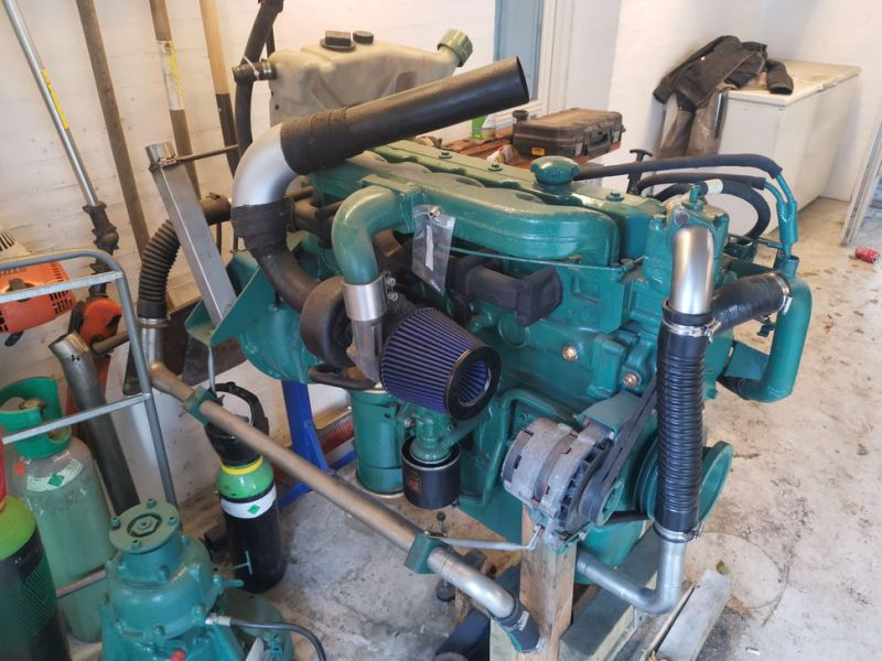 Volvo Penta 6 cylinder TD40A  incl. outdrive - 2