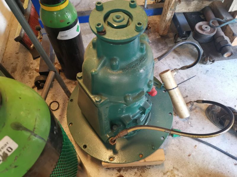 Volvo Penta 6 cylinder TD40A  incl. outdrive - 8
