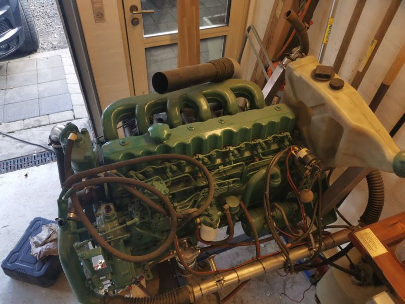Volvo Penta 6 cylinder TD40A  incl. outdrive - 11