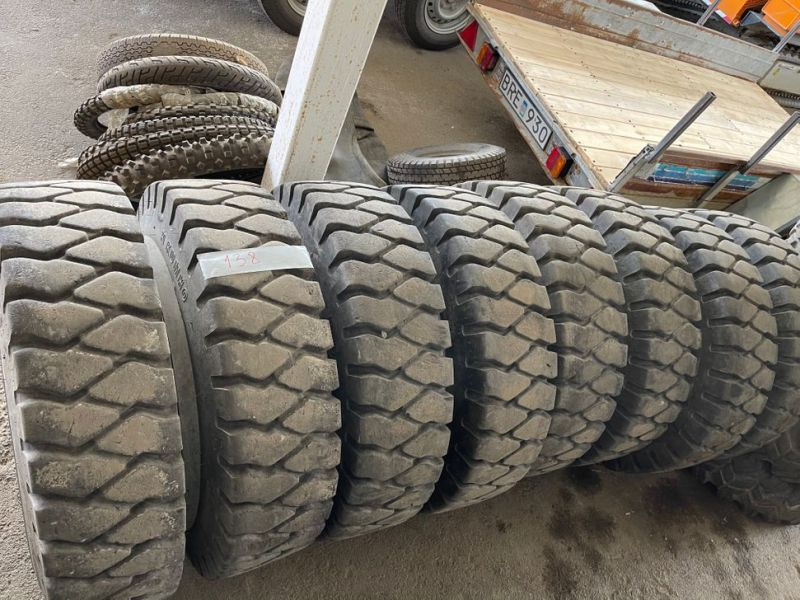 Däckparti / Tire lot 250 ST/250 PCS  - 33