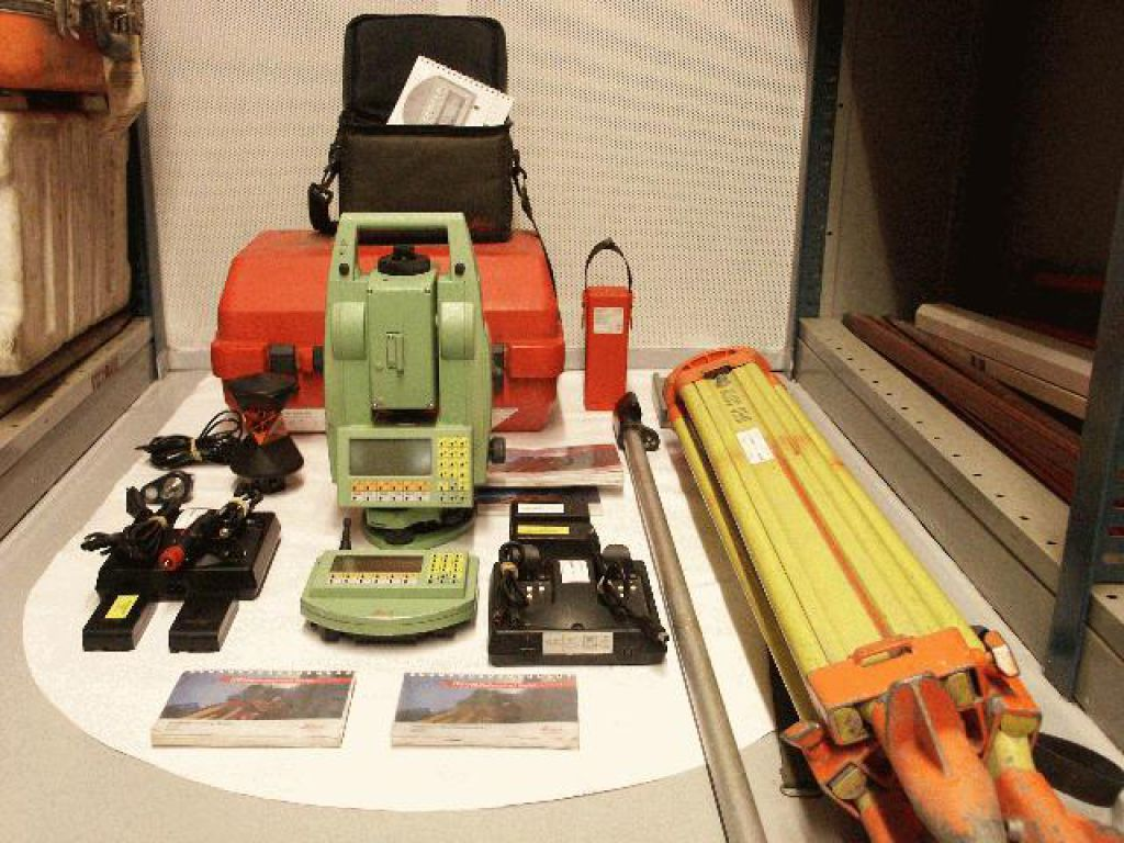Totalstation Leica TCRA 1103 - 0