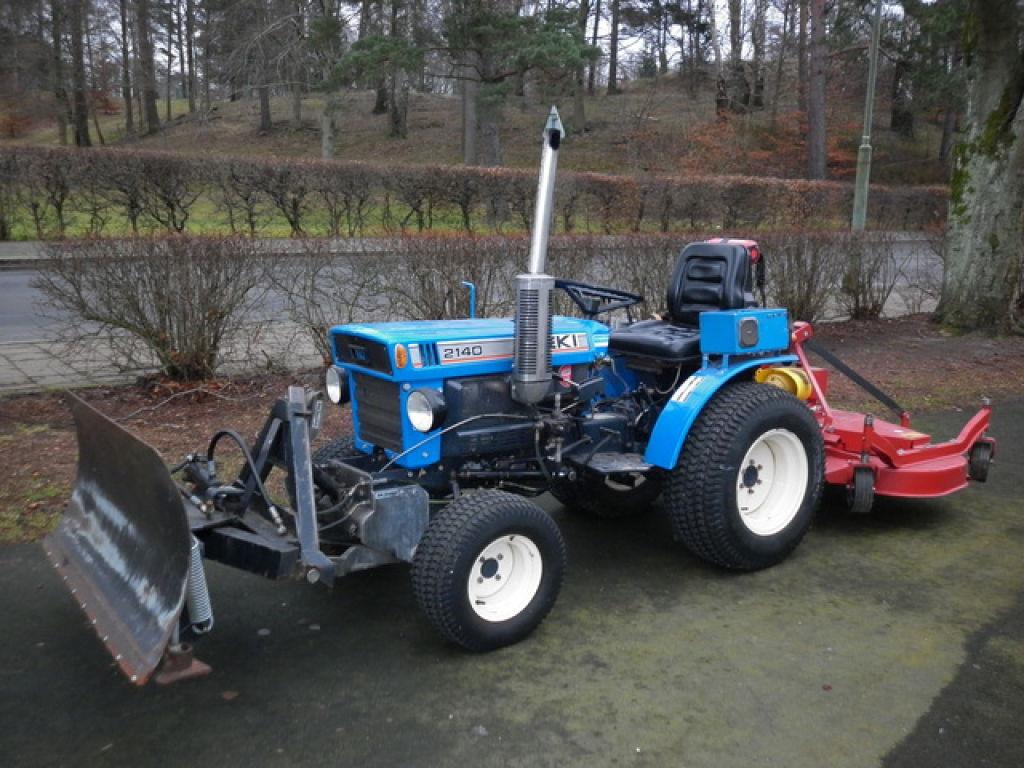 traktor iseki tx2140f 4wd m sn blad o klippaggr for sale. Black Bedroom Furniture Sets. Home Design Ideas