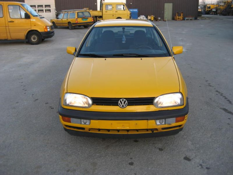 VW GOLF GL - 0